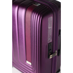 Bőrbetétes bőrönd design