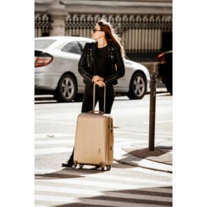 New Carat Arany Bőrönd