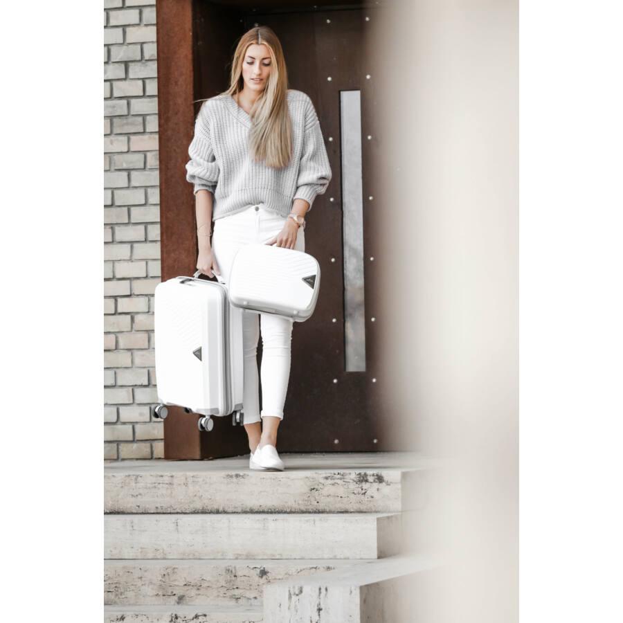 gotthard fehér bőrönd
